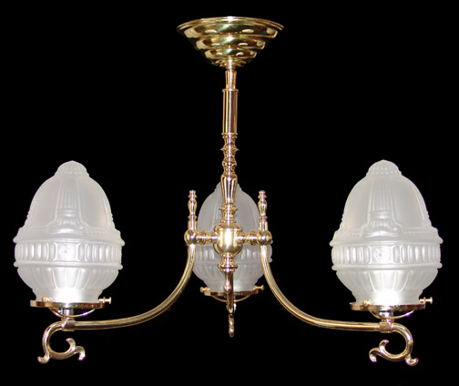 Model NSH19 English Colonial Gaslight Reproduction in Polished Brass.